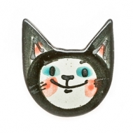 fridge magnet cat`s face