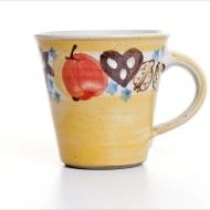 Christmas mug yellow
