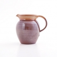 jug I  brown